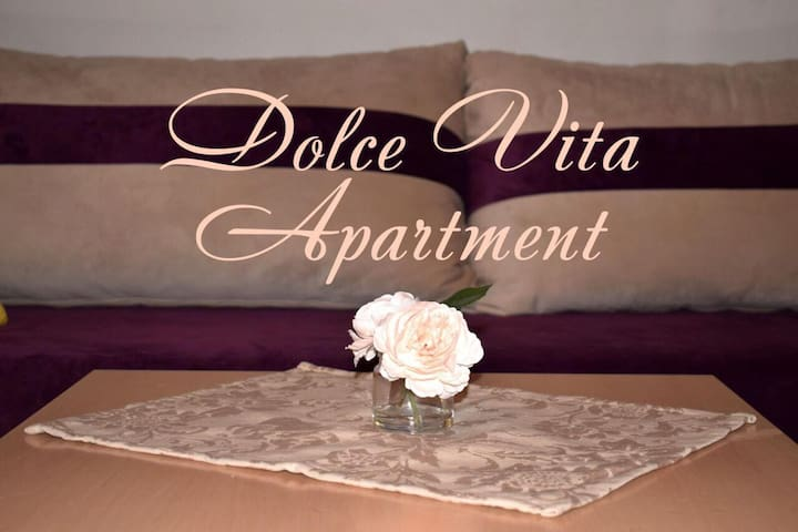 Dolce Vita ★ Top Center ★ 5 min to the Beach