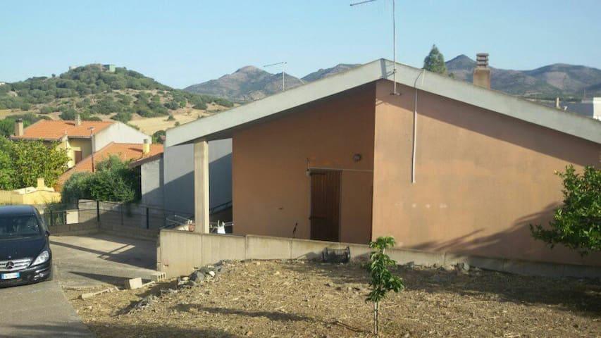Grande casa vicino a Porto Botte - Tratalias - Apartemen