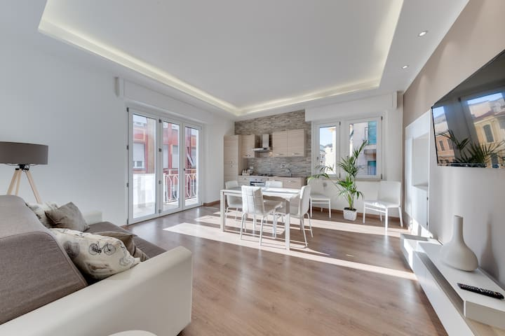 [Ariston-Cyclable] Appartement CENTRAL balcon☆☆☆☆☆