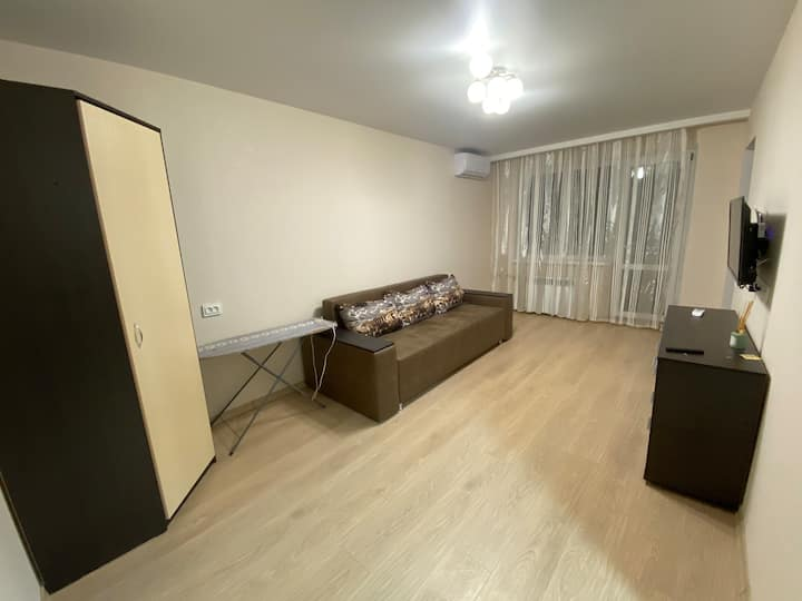 Cozy Apartment on 11th floor