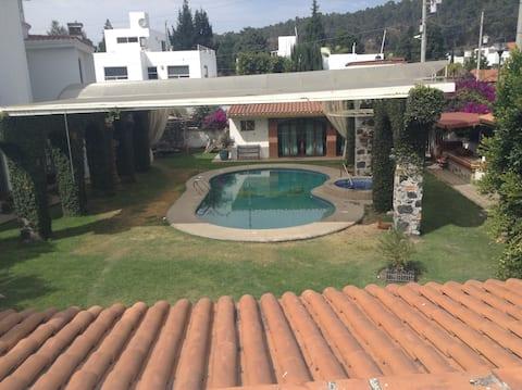 普埃布拉Cholula带游泳池的房子