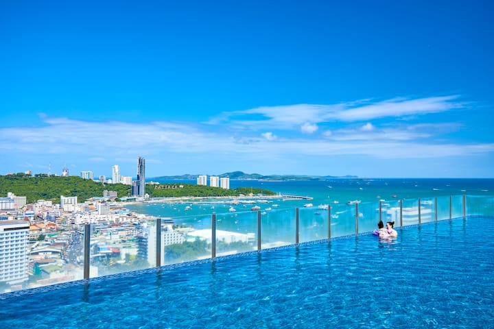 The Base-Central Pattaya,Pool View!!!