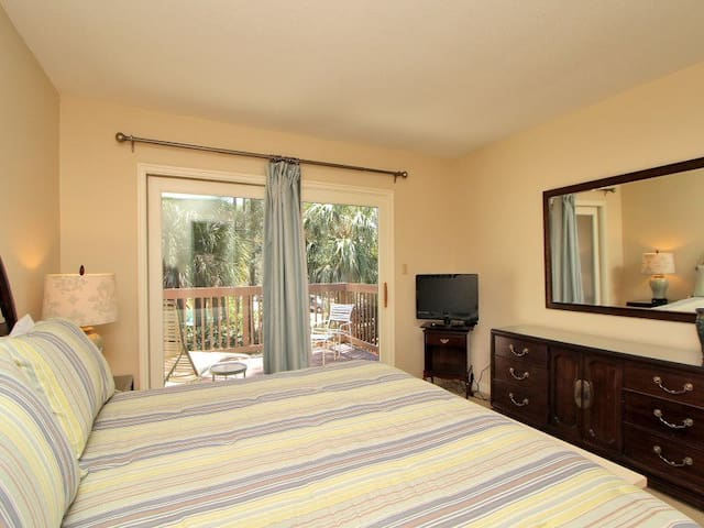 Master Bedroom with Private Balcony at 1410 South Beach Villa