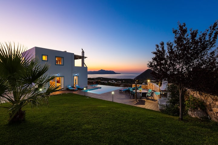 Chania Infinity Cliff, the Ultimate Luxury Resort