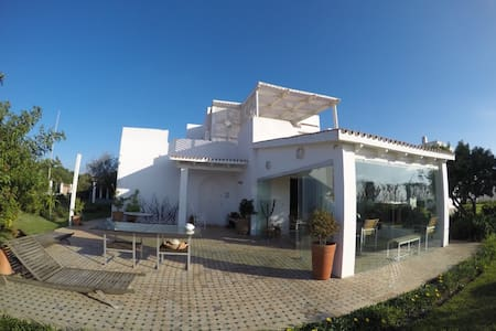 Beatifull Beach House in a private complex - Tanger - Casa