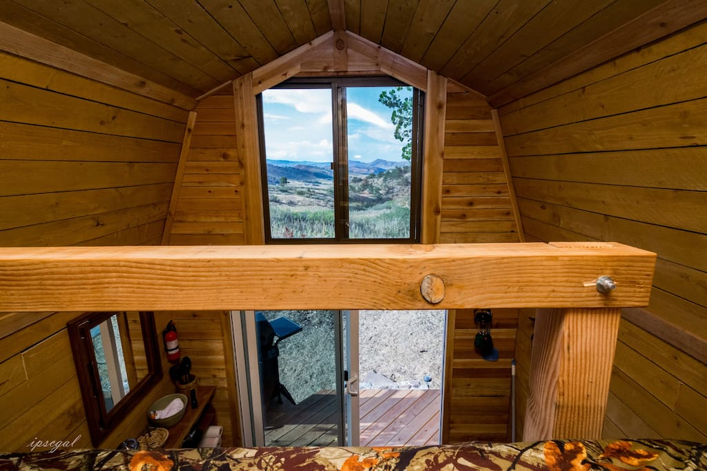 The coyote 39 s den tiny houses for rent in loveland for Loveland co cabin rentals