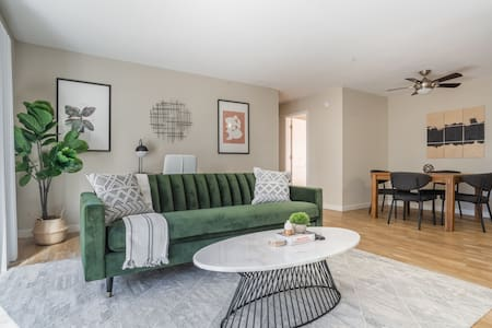 Charming 1BR in Fremont, Pool + Pet-Friendly