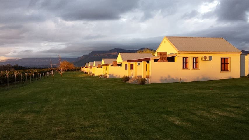 Paddabult Self-Catering Cottages
