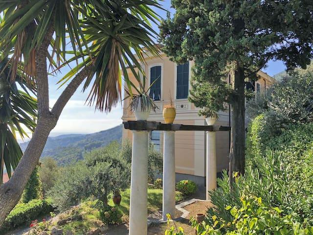 Villa Le Palme 16 Pax pool, BBQ, WiFi near 5 Terre