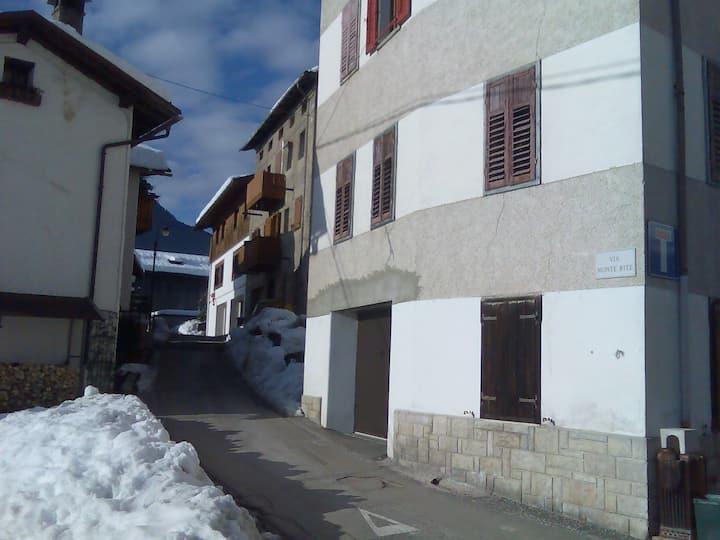 Mountain apartment in Cadore