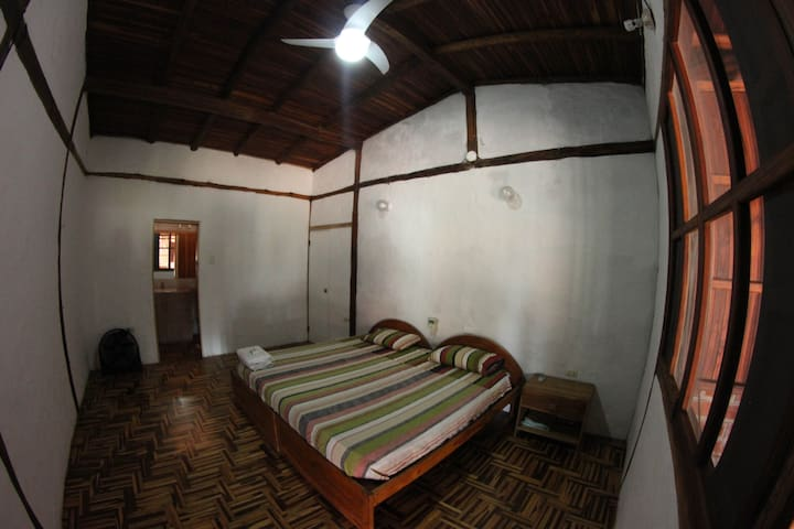 Ayampe Guest House Room #4 - Ayampe - Huis