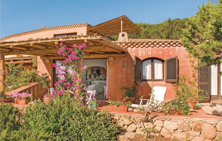Terraced house with 2 bedrooms on 75 m² in Cala di Volpe  (OT)