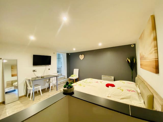 Airbnb Pasteur Nice Vacation Rentals Places To Stay