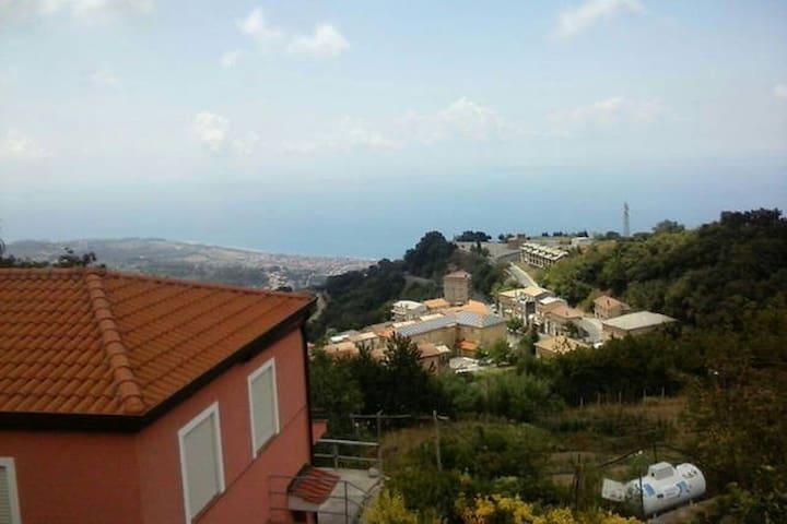 Vista mare casa-vacanza in CALABRIA - Falerna - Casa de vacaciones