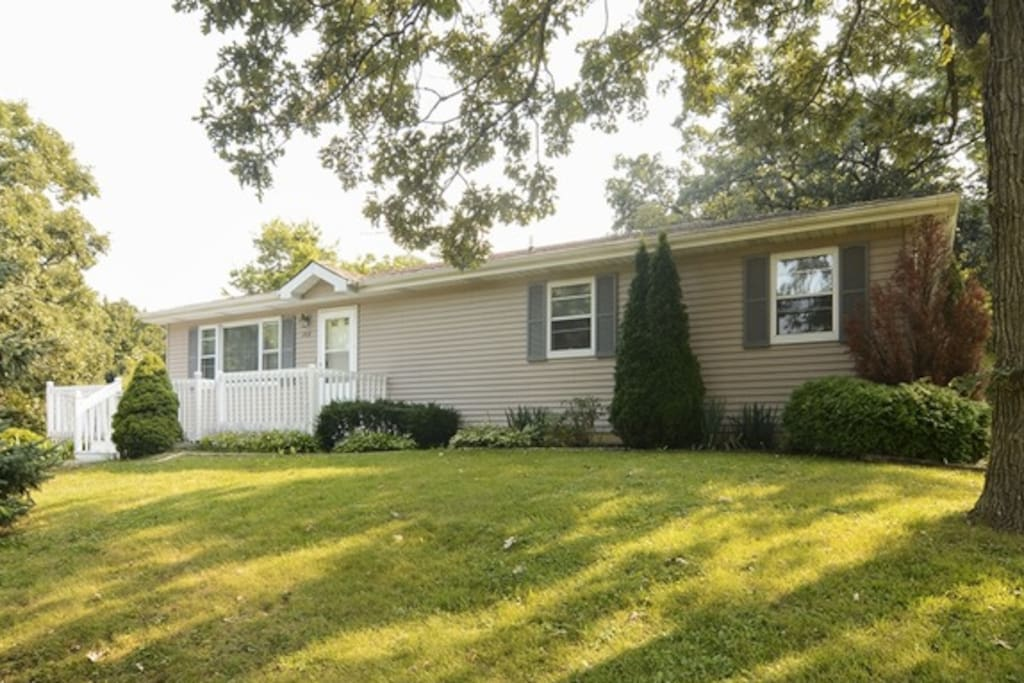 lake zurich chat rooms 2 - rooms for rent in lake zurich, il: roommate wanted to share four in hoffman estates, roommate wanted to share three in streamwood, roommate wanted to share three in gurnee, roommate.