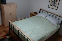 Queen bed, nightstand