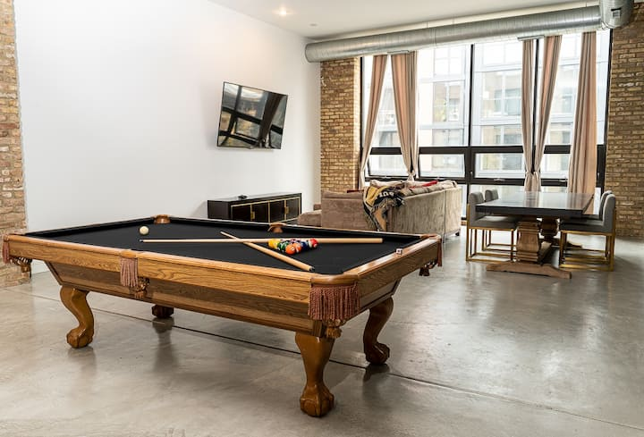 The Best in the West (Loop)