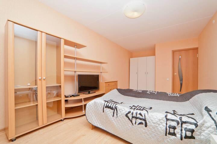 Недорогая квартира в Новом доме - เยคาเตรินเบิร์ก - อพาร์ทเมนท์