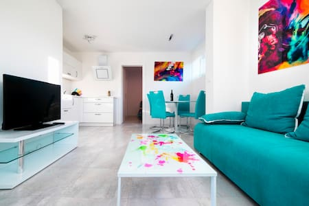 Apartment in White - COMPLETELY NEW - Izola