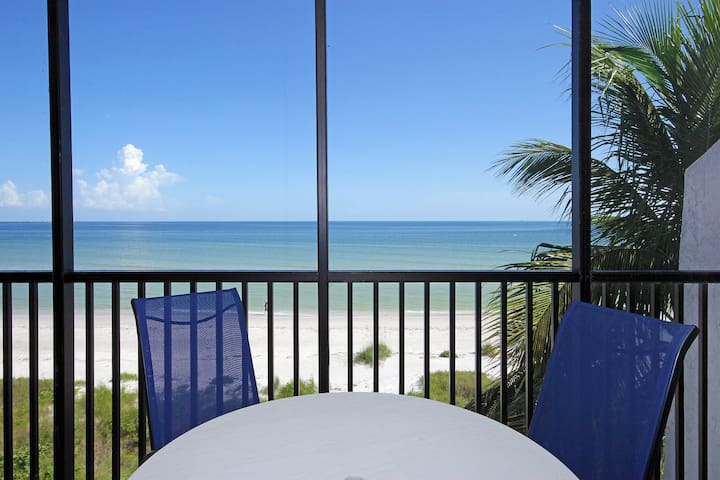 Direct Beachfront 2BR+Den W/ 2Bikes Sundial K405 - Sanibel - Daire
