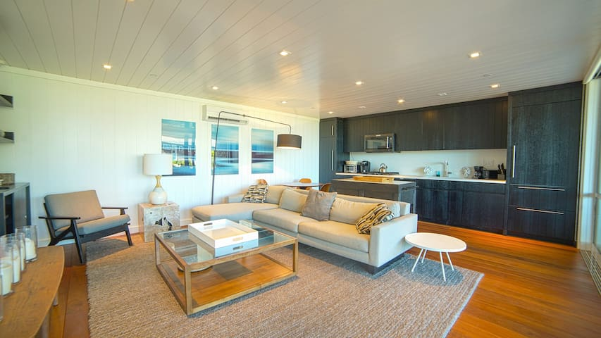 Modern Beach Front Two Bedroom Apartment