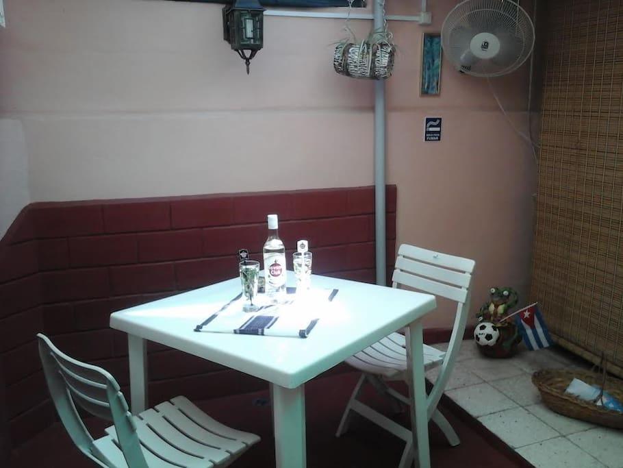 Relajante lugar para degustar  bevidas refrescantes