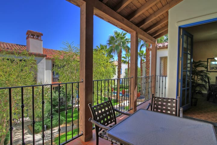 (LV102) Upstairs One Bedroom Legacy Villas Delight