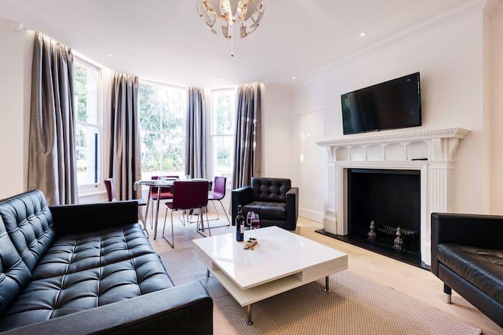 Brand new luxury 2 bedroom in Kensington