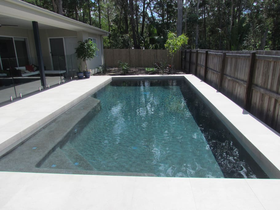 Pool - Alfresco to left with seating, dinning table, ceiling fan, lighting & Gas BBQ
