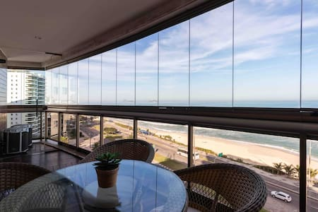 Apartamento de luxo  frente Mar Luxury beachfront