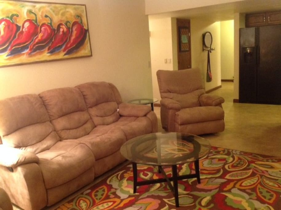 Family Room has 4 recliners!