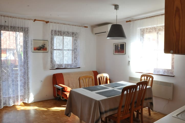 Apartma Marija Hiška 79