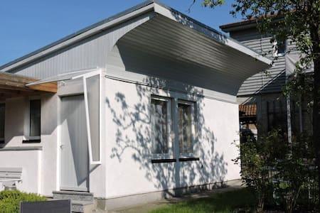 Bungalow in Ostsee-Nähe (4km) - Klütz - Hütte