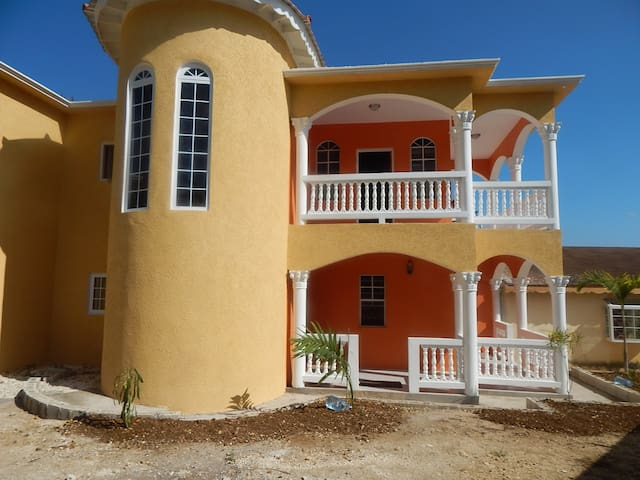 Montego Bay Vacation Home with AC & Housekeeping