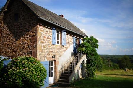 Gîte rural en Corrèze - Champagnac-la-Noaille - 一軒家
