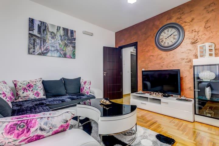 2BDR Apartment in Family Neighbourhood in Zabjelo