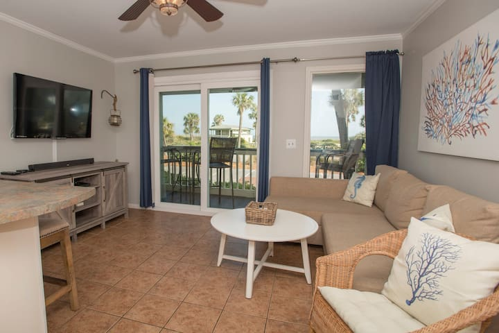 Whispering Palms- Oceanfront, Private Pier!