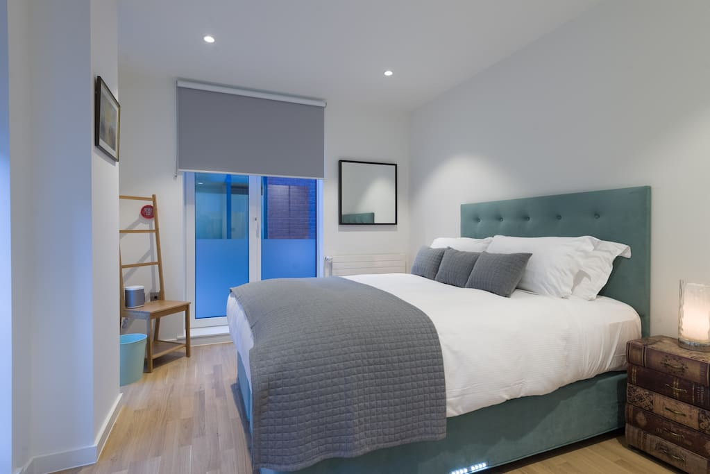 Master Bedroom- King size bed!