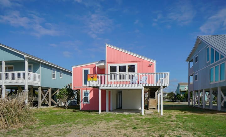 2nd Row Beach Home, Steps to Beach,  Sleeps 10