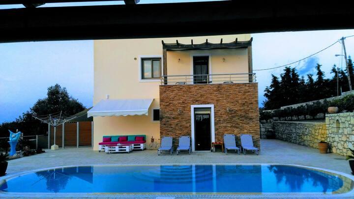 Vue magnifique sur la mer, villa Ericko