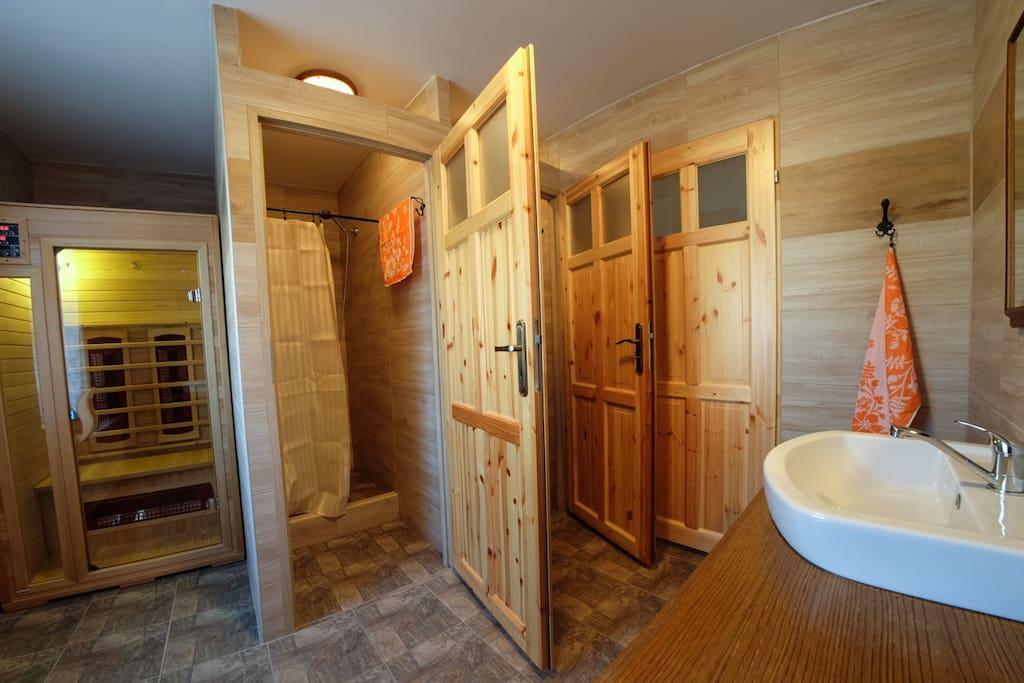Společná koupelna se saunou