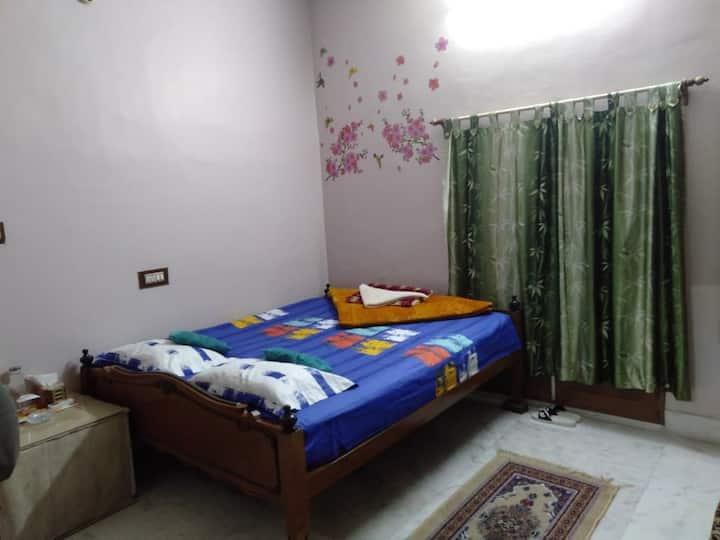 The Lovely Room 2