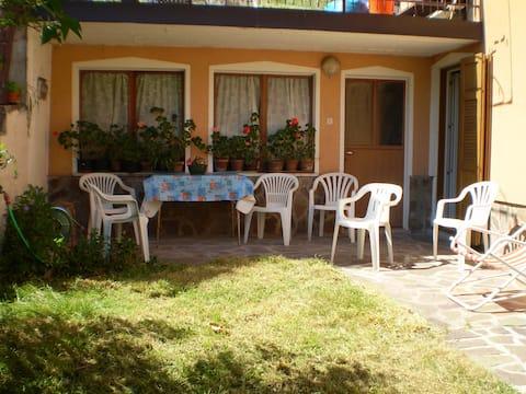 Appartamento con giardino a Molveno