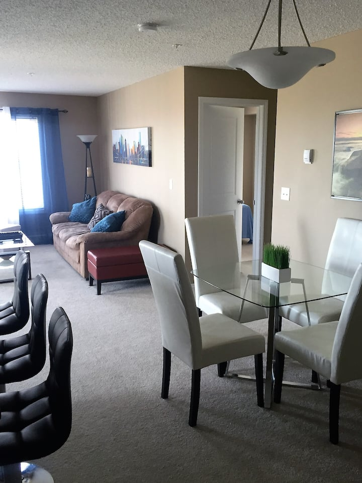 NE Calgary Condo with Parking. Close to Airport!