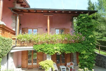 Villa Anna per un soggiorno piacevole.