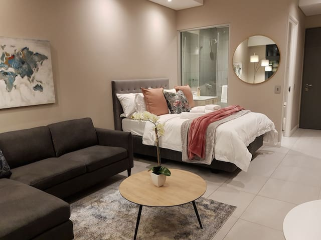Menlyn Maine Accommodation