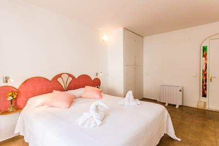 Room in a wonderful villa sea view Rose - Sant Joan de Labritja - Villa