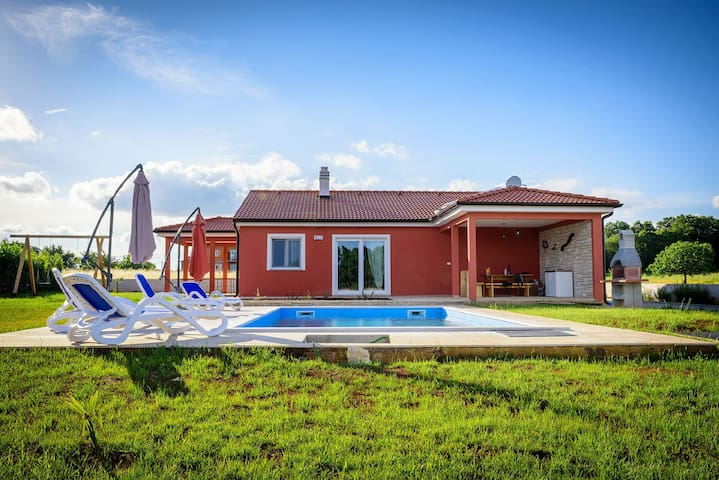Modern villa in countryside 6+2 - Rebići - Talo