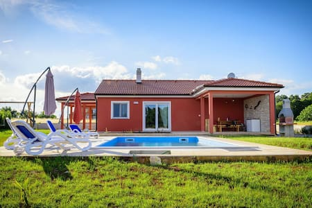 Modern villa in countryside 6+2 - Rebići