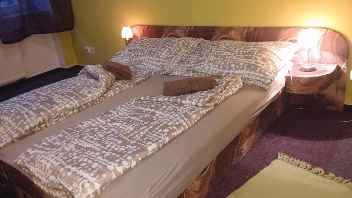 Penzion Lara 3 lužkový pokoj